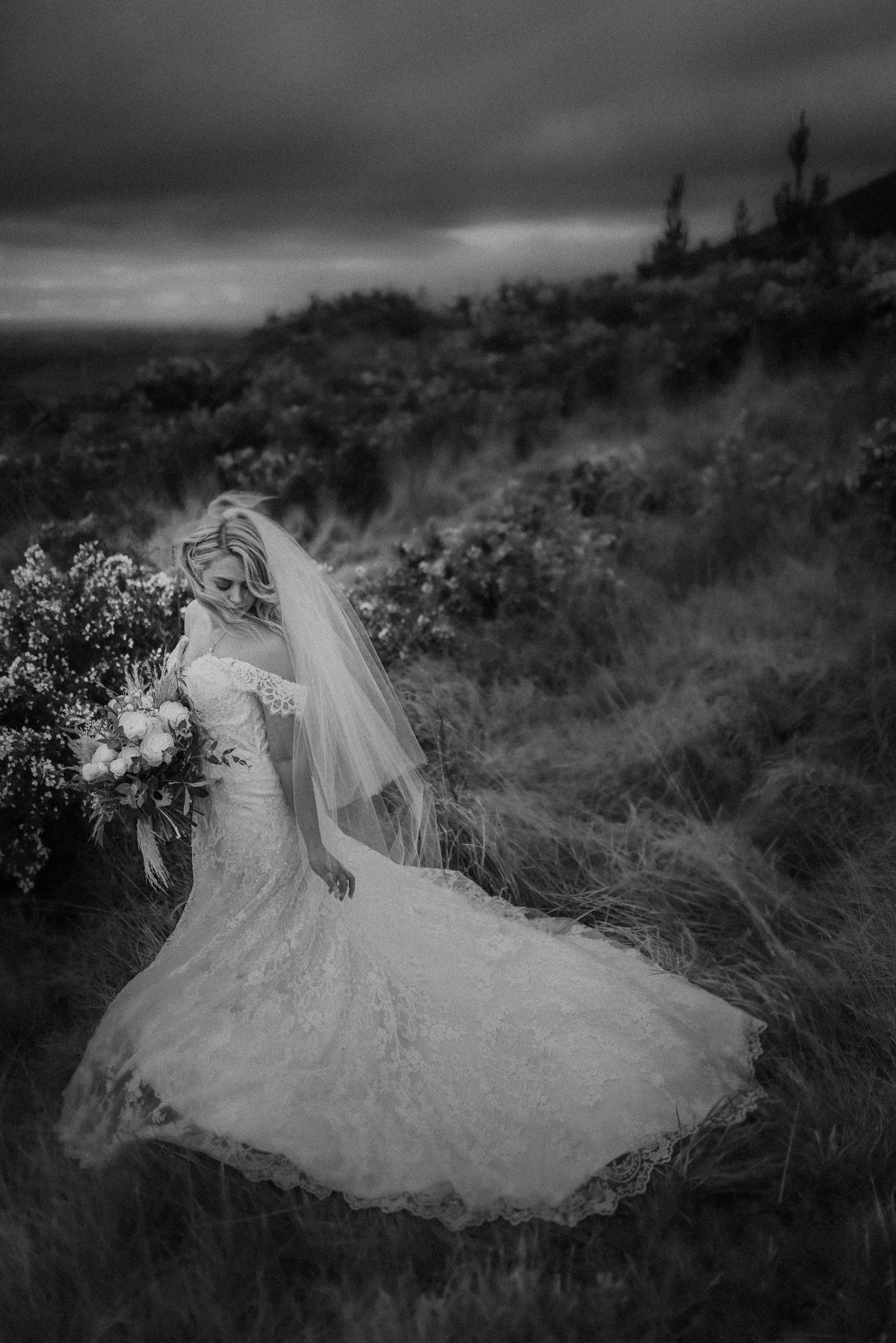 New Zealand wedding photographer with Tara at Wharerata 048_